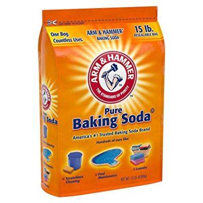 Vệ sinh mặt bếp từ với baking soda